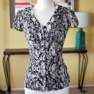 NWT INC Short Sleeves Stretchy Button Front Top